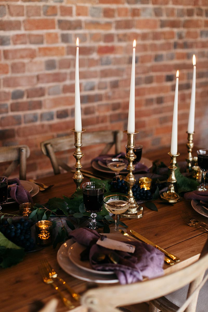 Gay wedding venue - table setting in the round house